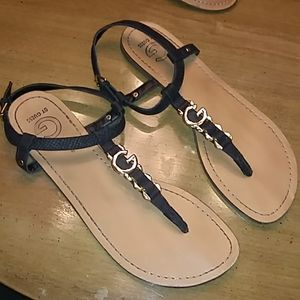 Guess black and Gold Sandals. Size 10